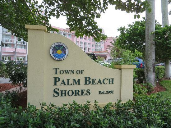 Palm Beach Shores Resort